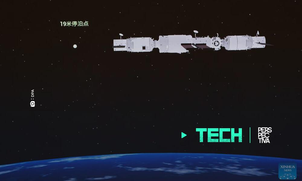 China acopla un nuevo carguero en su estación espacial